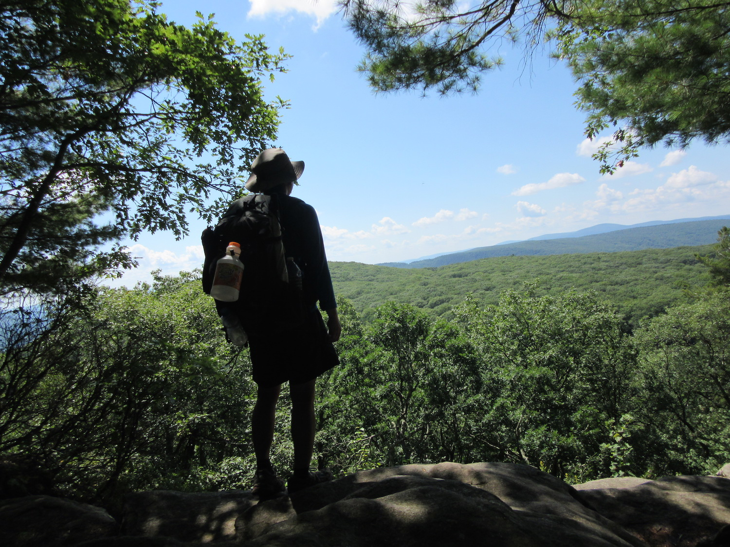 2304215c3cf8 11 Tips on How to Achieve a Sub-100-Day Thru-Hike - The Summit Register