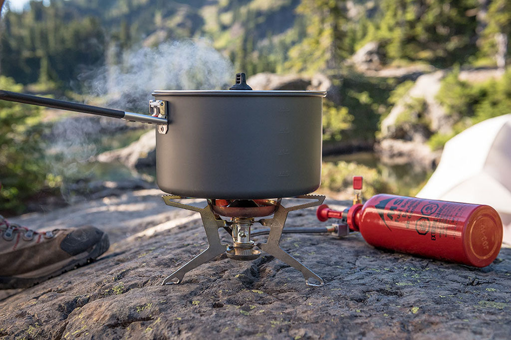 hard-anodized aluminum backpacking pot