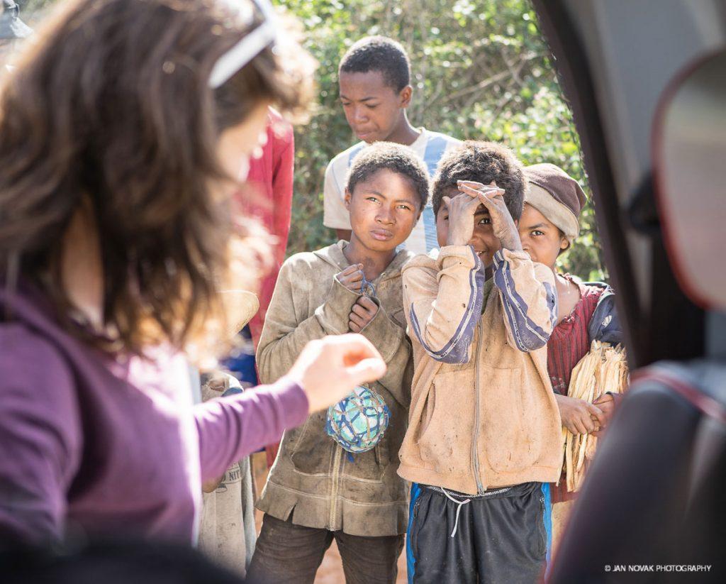 Summit-Register-Nina-Caprez-Tough-Enough-in-Madagascar-02