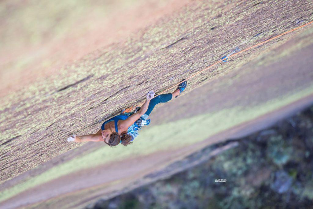 Summit-Register-Nina-Caprez-Tough-Enough-in-Madagascar-04
