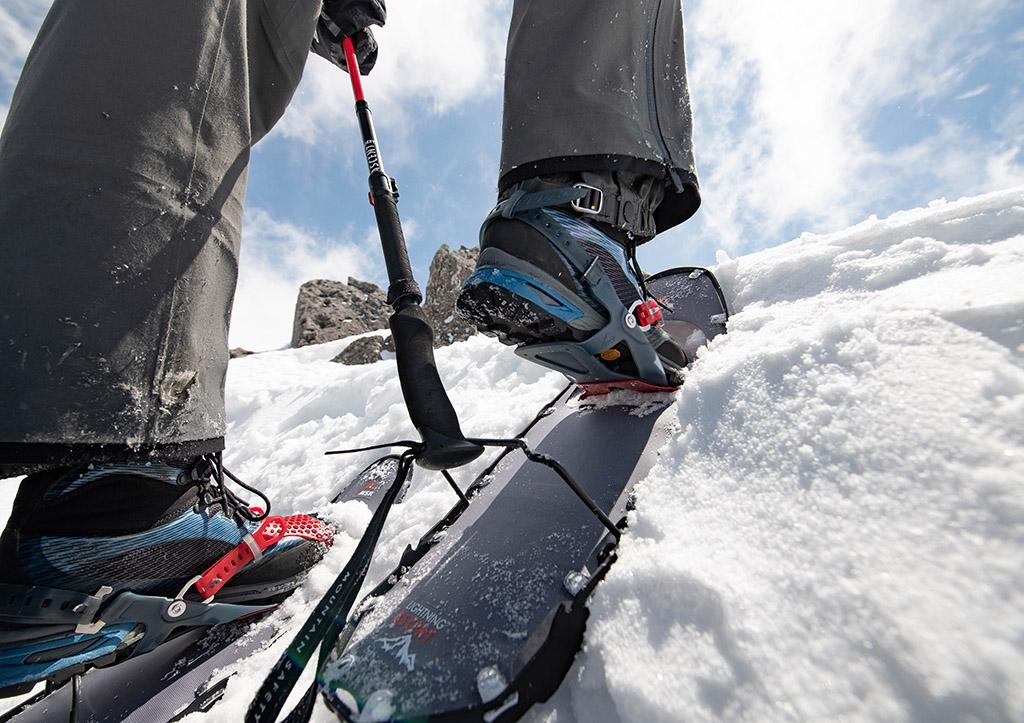 Heel-Lift-on-snowshoes