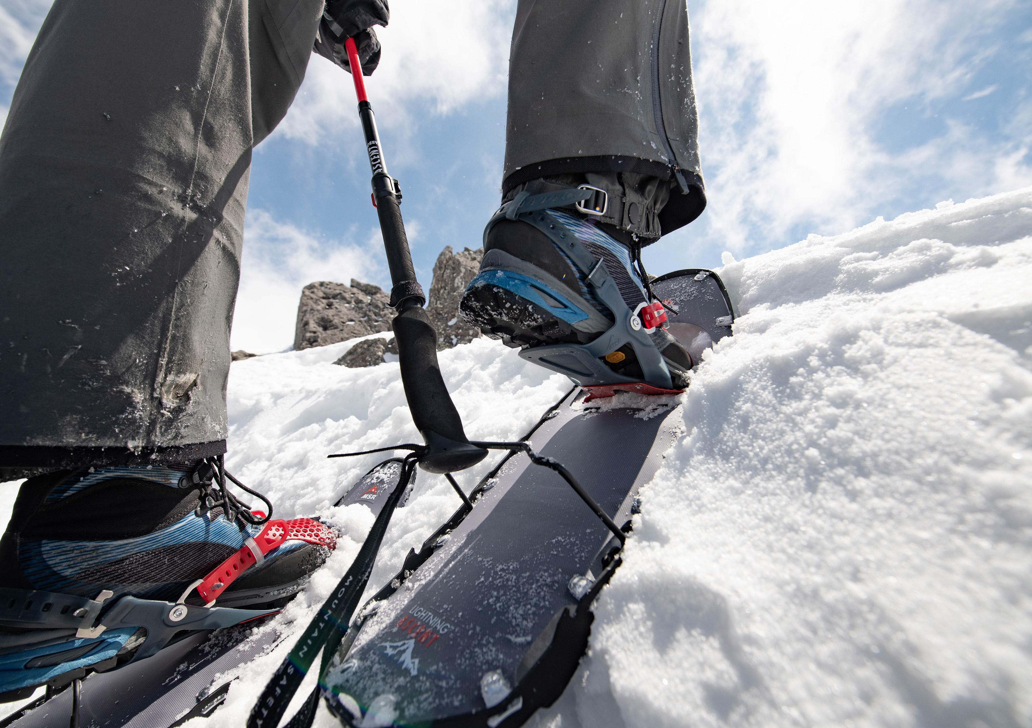 heel lift on snowshoes