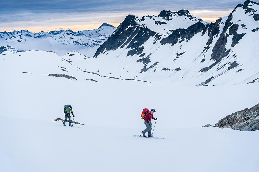 Glacier Gap skiing