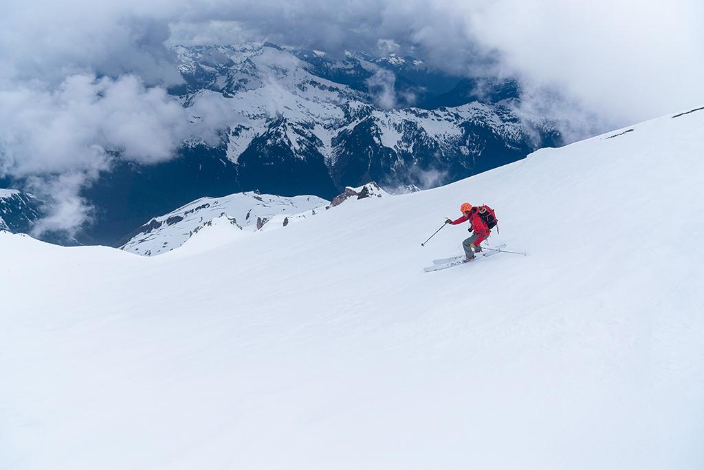 skiing Glacier Peak below the clouds