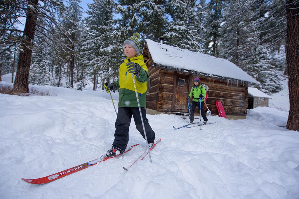 skiing Teanaway