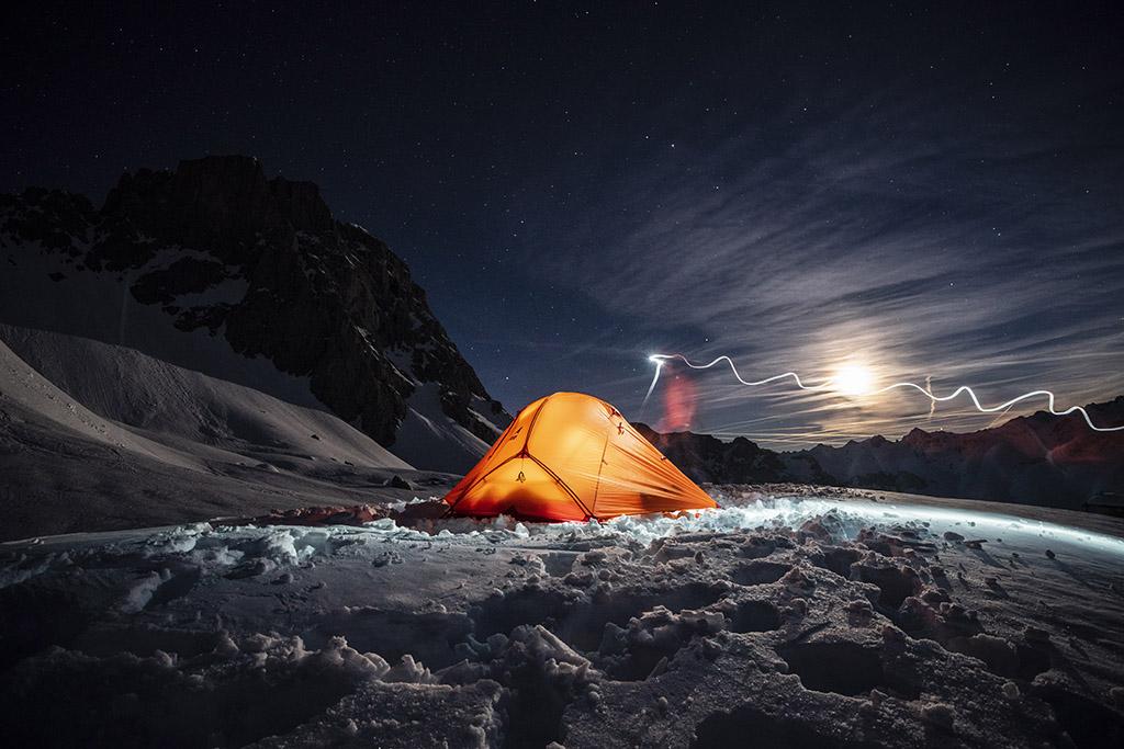 4 season tent at night