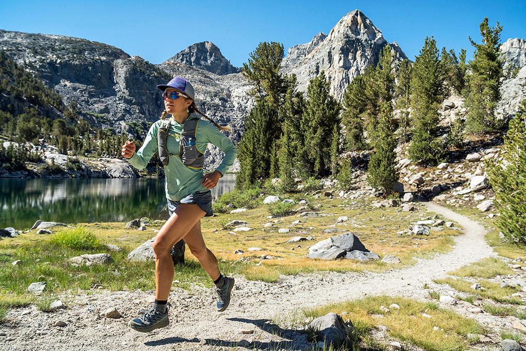 Trail running through the Rae Lakes Basin on the John Muir Trail / Pacific Crest Trail, Sierra Nevada, California