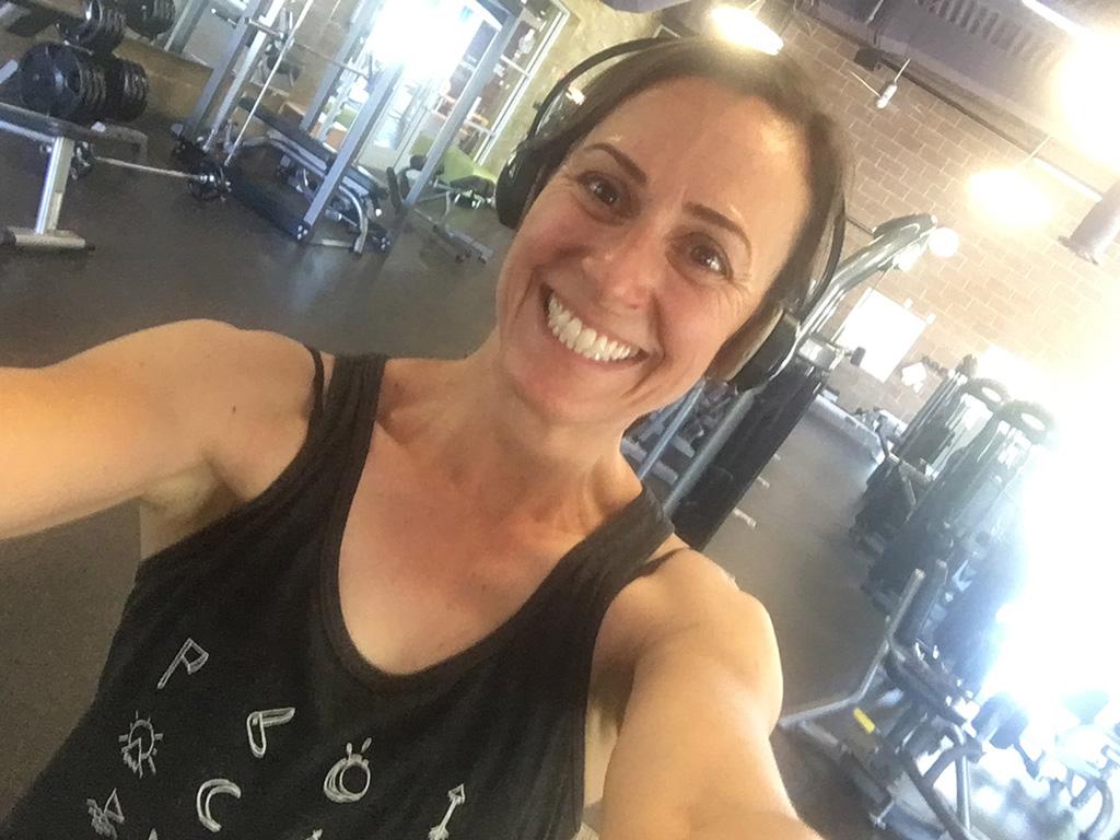 steph davis strength training in the gym