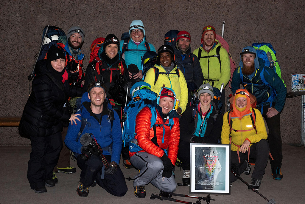 mountaineering group